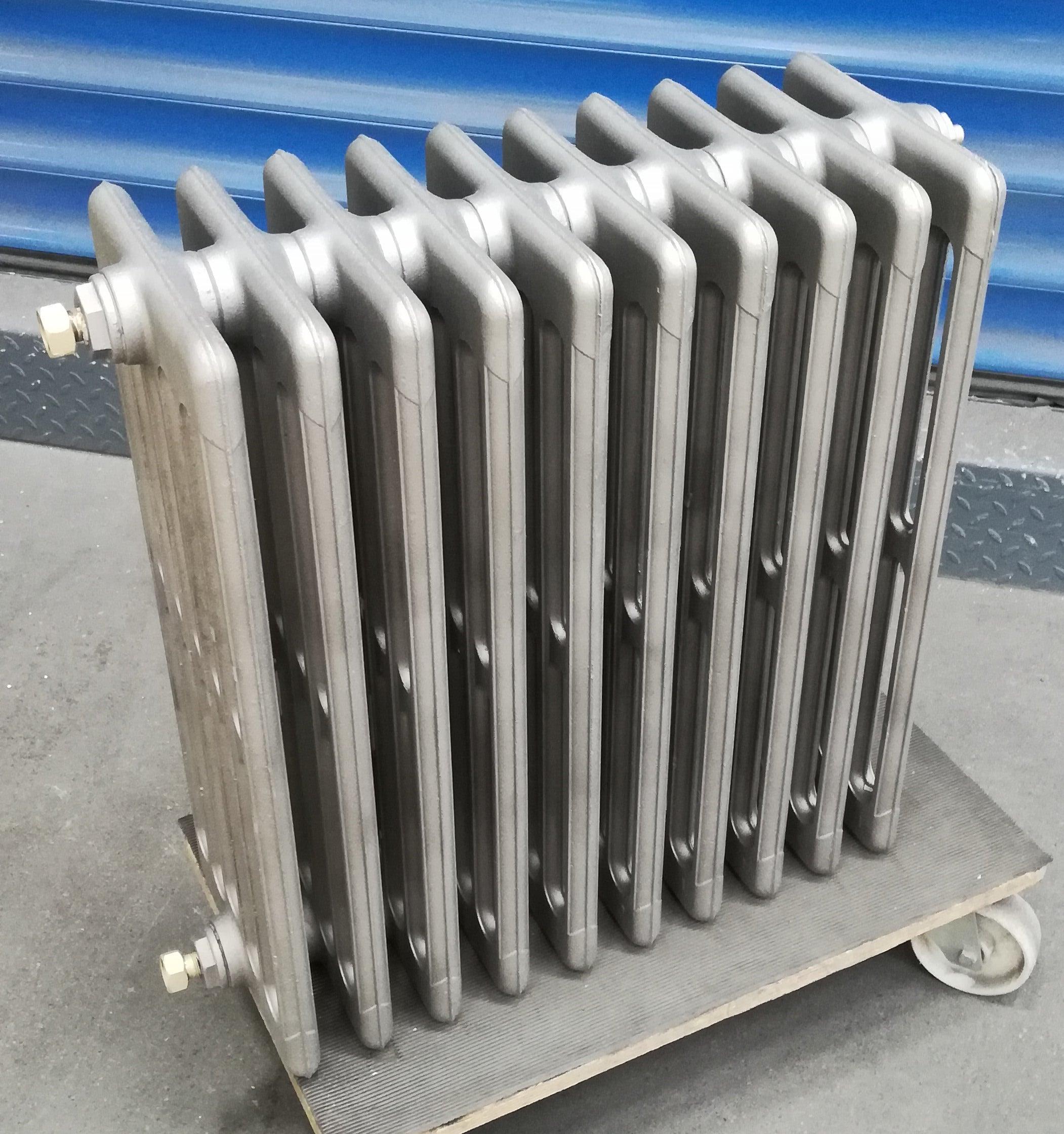 radiateur en fonte décapé